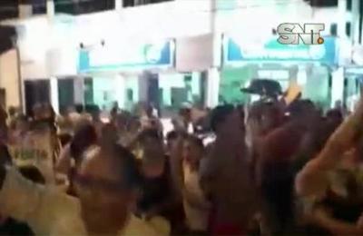 Incidentes tras escraches al intendente de Concepción