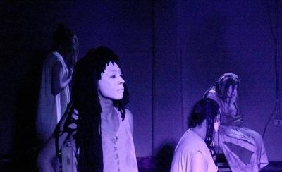 """HOY / La obra teatral """"El burdel"""" se presenta este miércoles en la Manzana de la Rivera"""