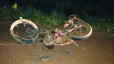 Conductor ebrio huye tras  provocar accidente fatal