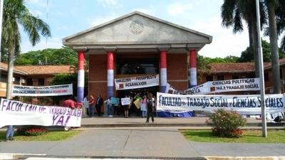 HOY / Consejo de la UNA aprueba crear la Facultad de Trabajo Social