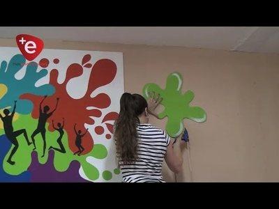 Artistas de Aty Guazu pintan y hermosean consultorios del HRE