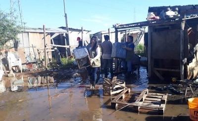 HOY / Critican que afectados por la crecida rechazan mudarse de zonas inundables