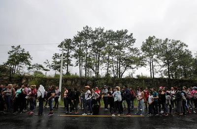 Cifra de familias migrantes que cruza a EE.UU. alcanza récord