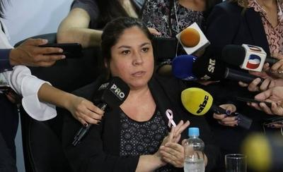HOY / Mientras Marito la defiende, suma otra denuncia contra titular de Petropar