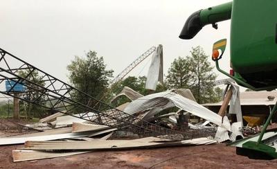 HOY / Temporal deja daños materiales y viviendas sin energía en María Auxiliadora