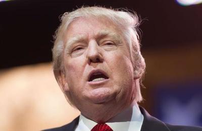 El 'Donald Trump' que vende comida en la calle