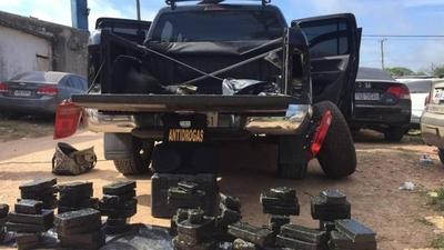 HOY / Paraguayos caen en Uruguay con carga de cocaína
