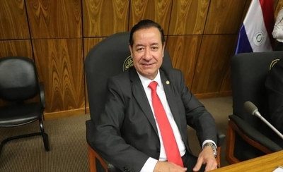HOY / Cuevas desvinculó a 51 funcionarios, pero contrató a 300