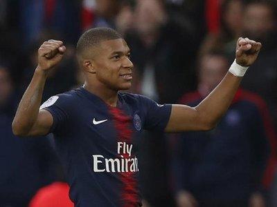 El París Saint Germain prolonga su pleno con una goleada