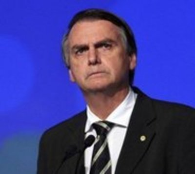 Tribunal Electoral del Brasil investigará campaña de Bolsonaro