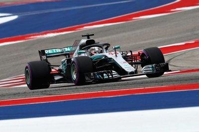Hamilton logra la pole en Estados Unidos