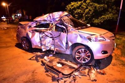 Accidente causa tres muertes