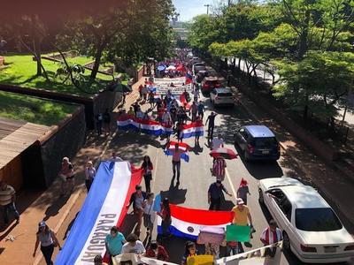 Con marcha piden cárcel para los Zacarías