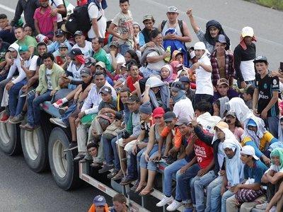 Más de 7.000 personas viajan en caravana migrante, según la ONU