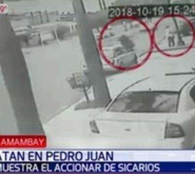 Difunden imágenes que captan a sicarios matando a comerciante