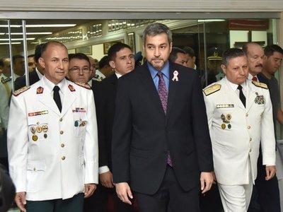 Mario Abdo Benítez realiza cambios en la cúpula militar
