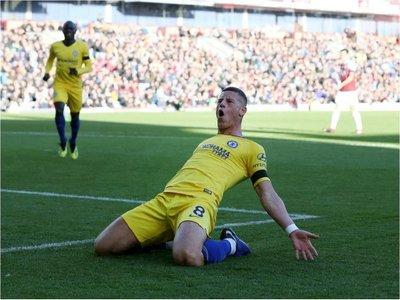 Chelsea mantiene su invicto en Premier