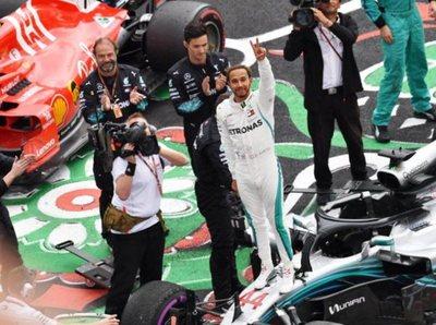 Lewis Hamilton es pentacampeón de la Fórmula 1
