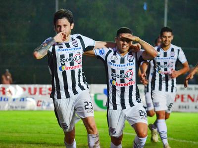 Santaní logró un triunfazo ante Nacional