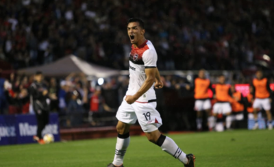 HOY / Newells gana con un gol paraguayo