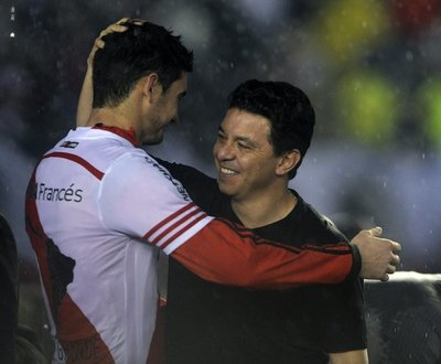 Conmebol suspende a Gallardo