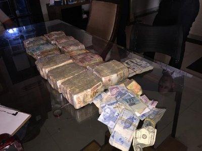Confirman que había USD 18.000 y 350.000 reales ocultos en casa de Cucho – Prensa 5