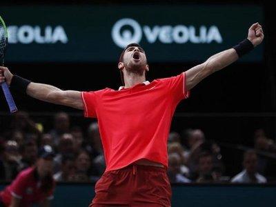 Khachanov detiene a Djokovic en París y logra su primer Masters 1.000