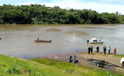 Mujer desaparecida en aguas del Paraná