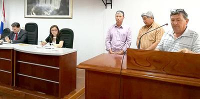 Concejal departamental Amado Domínguez protege a sojeros en O'Leary, denuncian