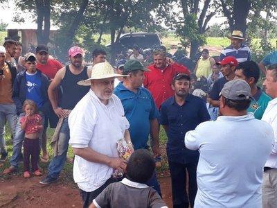 Payo Cubas advierte que conflictos de tierra podrían tumbar a Marito
