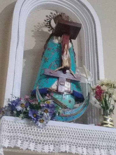 ¿Robo o ritual satánico en iglesia de Posta Ybycuá?
