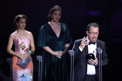 Martinessi obtiene el Premio Fénix al mejor director
