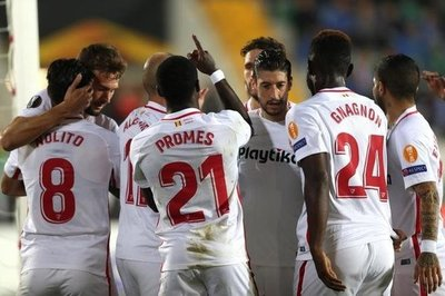 Banega da el triunfo al Sevilla en la Europa League