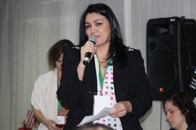 Nancy Ovelar acusa a Petta de instalar la crisis y dice que no renunciará