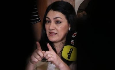 HOY / Crisis en MEC: Ovelar dice que  no se va, mientras Abdo duda si  a quien echará y dará las 'gracias'