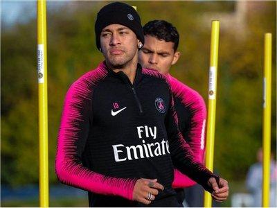 "Neymar se defiende: ""Noticia falsa"""