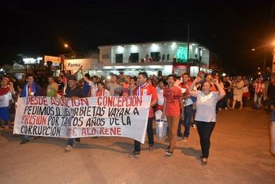 Continúan las movilizaciones exigiendo renuncia de Urbieta