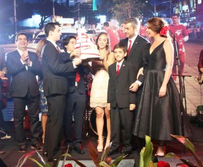 Mario Abdo Benítez festeja su cumpleaños desde el poder