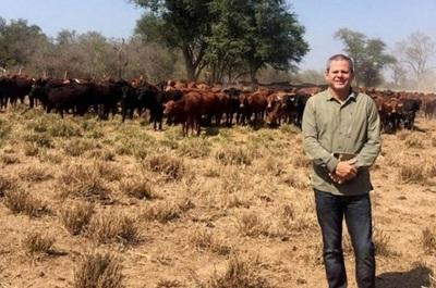 Anuncian venta de ganado de Darío Messer