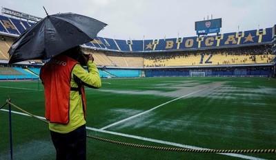 La lluvia obliga a aplazar para el domingo primera final entre Boca y River