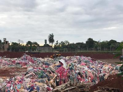 Fábrica de frazadas, tras ser denunciada por Radio Positiva, fue inspeccionada por la Fiscalía del Ambiente