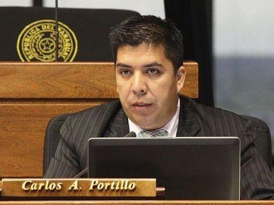 Oficialmente piden expulsión del diputado Carlos Portillo