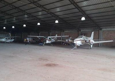 Detienen a cuñada de diputado D'Ecclesiis, dueña del hangar