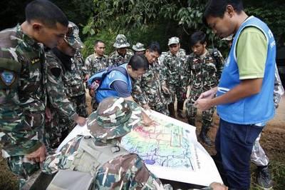 Rescatados con éxito a los 12 niños y su entrenador atrapados en Tailandia