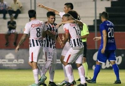 """Libertad golea con tres tantos de """"Tacuara"""""""