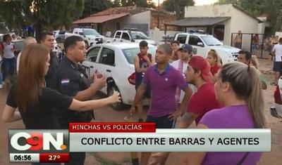 Más de 100 hinchas son detenidos tras incidentes