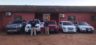 Un detenido y cinco vehículos recuperados en allanamientos
