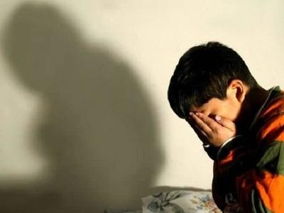 MEC denunciará a docente por abuso sexual