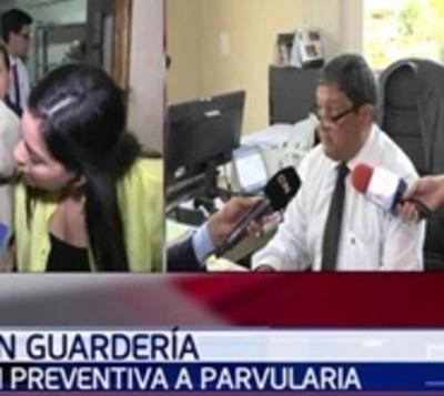 Ordenan prisión preventiva para parvularia denunciada por maltrato