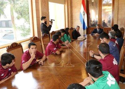 Presidente Mario Abdo despidió a selección sub 20